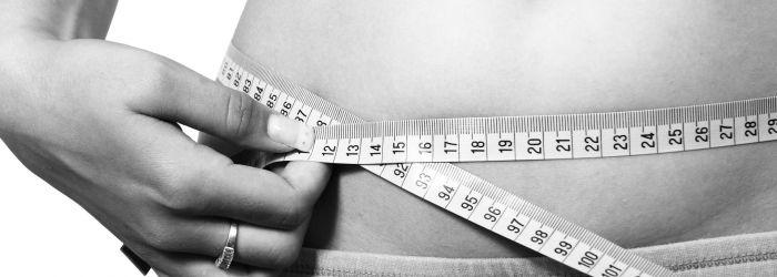 Jak funguje měření tuku v chytrých váhách