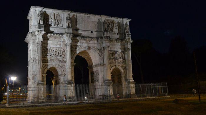 Konstantinův oblouk, Řím