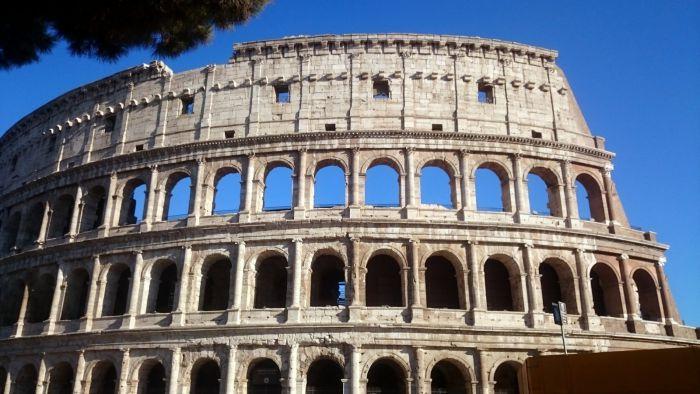 Pohled na Koloseo, Řím