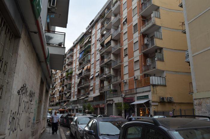 Řím, sídliště, Airbnb