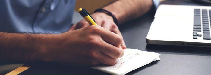 Psaní rukou neumírá